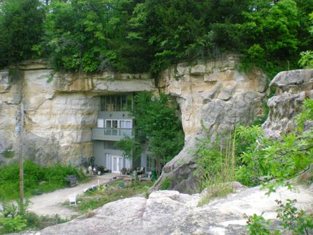Cave domicile