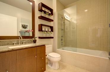 04-333grant-bath-700res