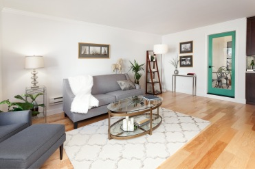 1365 Scott #2, Living Area