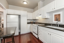 1487 Chestnut Kitchen