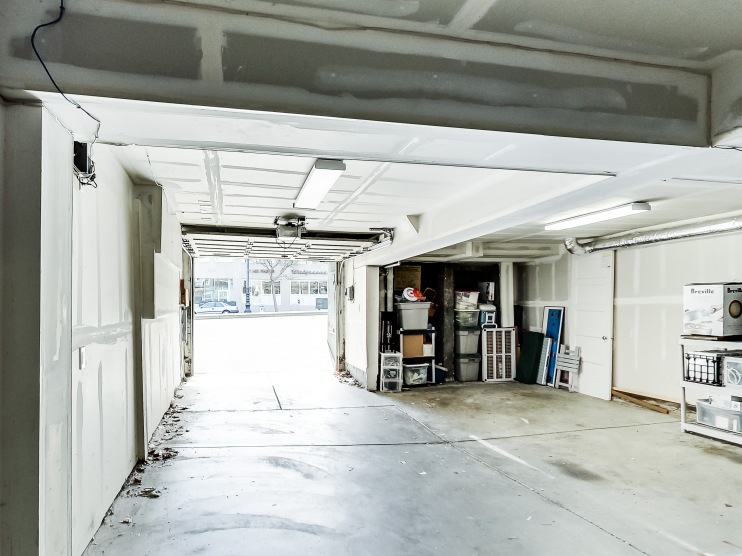2154 A Market Garage Parking