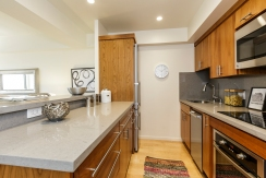 09-1177California304-kitchen-high-res