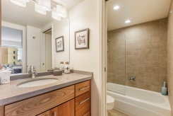 12-1177California304-bath-high-res