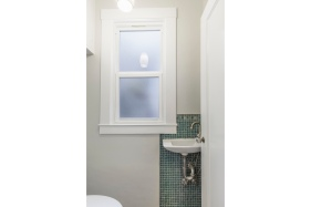 754 18th Ave Half Bath