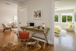 3541 Cabrillo Office Nook