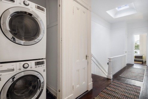 1826 Page St | Washer/Dryer